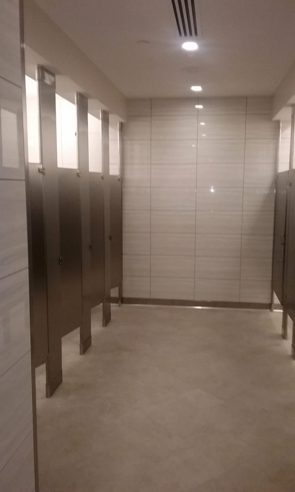 Restroom renovation by Advanced Retail Construction, Inc.